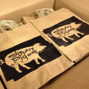 Slippery Pig Bag Print